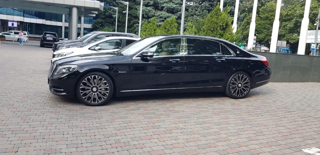 Аренда Mercedes-Benz с водителем